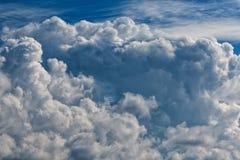 Cumuli, grande mazzo di A delle nuvole Fotografie Stock Libere da Diritti