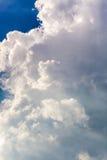 cumulonembo nel cielo blu Immagine Stock Libera da Diritti