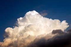 Cumulus chmura w niebie Obrazy Royalty Free