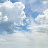 cumulus clouds in the blue sky Royalty Free Stock Photos