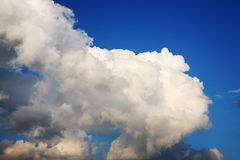 Cumulus clouds on sky Royalty Free Stock Photography