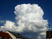 Cumulus Messagers d'un orage ou d'une tempête photos libres de droits