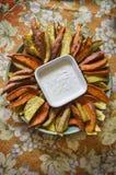 Cunei della patata dolce dell'arrosto Fotografia Stock Libera da Diritti