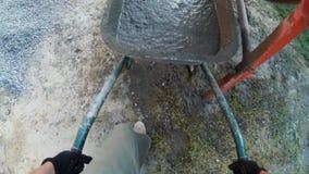 Cunstruction pracownika plombowania cementu fura POV zbiory wideo