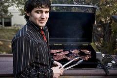 cuocere bistecca alla griglia Fotografia Stock
