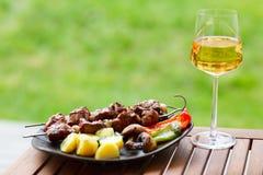 cuocere fine settimana alla griglia di estate Immagini Stock