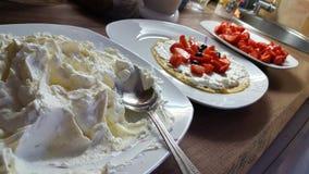 Cuoco dell'alimento fatto da sé con il pancake di amore Fotografie Stock