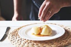 Cuoco unico che cucina foto Fotografia Stock