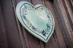 cuore alsaziano tradizionale sulla porta di legno Fotografia Stock Libera da Diritti