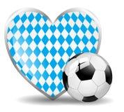 Cuore bavarese del pallone da calcio isolato Fotografia Stock Libera da Diritti