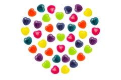 Cuore Candy messo nella forma completa del cuore per il biglietto di S. Valentino Fotografia Stock Libera da Diritti