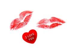 Cuore con i baci del rossetto Fotografie Stock Libere da Diritti