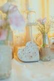 Cuore d'annata del wirh della decorazione di nozze Fotografia Stock