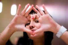 Cuore dalle mani Fotografia Stock Libera da Diritti