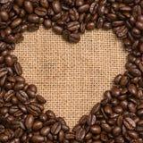 Cuore dei chicchi di caffè Fotografia Stock