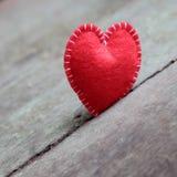 Cuore del biglietto di S. Valentino, solo, giorno di S. Valentino, il 14 febbraio Immagini Stock Libere da Diritti