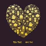Cuore del tè dell'oro Fotografie Stock