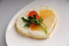 Cuore dell'uovo Immagine Stock