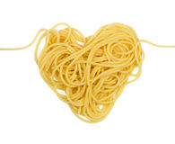 Cuore della pasta (tema di giorno del `s del biglietto di S. Valentino) Fotografia Stock Libera da Diritti