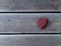 Cuore della pietra rosso Fotografia Stock