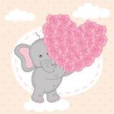 Cuore della tenuta dell'elefante delle rose sulla nuvola Fotografia Stock Libera da Diritti