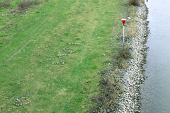 Cuore di amore, fatto dei ciottoli, in terreni alluvionali olandesi Immagine Stock Libera da Diritti