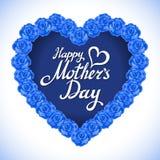 Cuore di giorno di madre fatto delle rose blu mazzo del cuore blu delle rose isolato su fondo bianco cuore rosa di giorno di madr Fotografia Stock