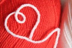 Cuore di lavoro a maglia Fotografie Stock