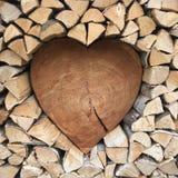 Cuore di legno - con amore Fotografia Stock Libera da Diritti