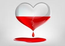 Cuore di vetro con una crepa e un sangue Immagini Stock Libere da Diritti