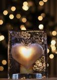 Cuore di vetro illuminato Fotografie Stock Libere da Diritti
