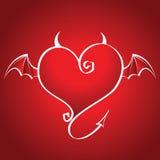 Cuore difettoso con le mosche di corni e delle ali su una parte posteriore di colore rosso Fotografia Stock Libera da Diritti