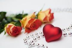 Cuore e rose Fotografia Stock Libera da Diritti