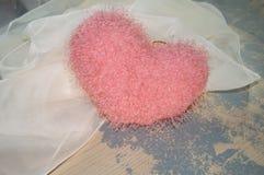 Cuore irsuto dolce dei biglietti di S. Valentino romantici Fotografie Stock Libere da Diritti