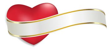 Cuore rosso con il nastro bianco e dorato isolato su fondo bianco Decorazione per il giorno del ` s del biglietto di S. Valentino Fotografie Stock Libere da Diritti