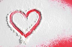 Cuore rosso del biglietto di S. Valentino per fondo immagine stock