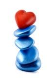 Cuore rosso dell'equilibrio in pietra Immagini Stock Libere da Diritti