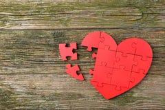 Cuore rosso di puzzle Fotografie Stock Libere da Diritti