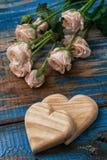Cuore simbolico per il San Valentino Immagini Stock