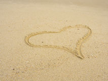 Cuore sulla spiaggia Fotografie Stock Libere da Diritti
