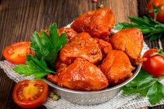 Cuori affumicati del pollo sparati in decorazione Fotografia Stock