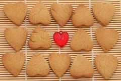 Cuori dei biscotti per il San Valentino Immagini Stock