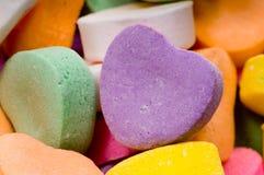 Cuori del biglietto di S. Valentino della caramella - primo piano Immagini Stock