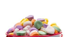 Cuori del biglietto di S. Valentino della caramella - primo piano immagine stock libera da diritti