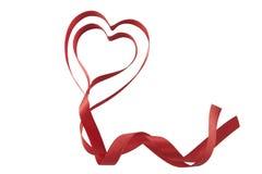 Cuori del nastro dei biglietti di S. Valentino Fotografia Stock