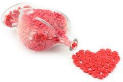 Cuori della caramella del regalo del biglietto di S. Valentino isolati su bianco fotografia stock libera da diritti