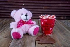 Cuori di Candy di giorno di biglietti di S. Valentino immagine stock