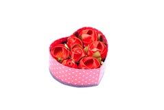 Cuori e fiori al biglietto di S. Valentino isolato su spirito bianco del fondo Immagini Stock