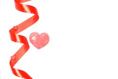 Cuori e fiori al biglietto di S. Valentino su un fondo bianco isolato Fotografie Stock