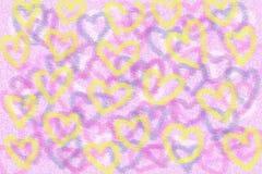 Cuori gialli su un fondo rosa fotografie stock libere da diritti